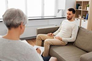 Man in an acute stress disorder treatment program in Tacoma, WA